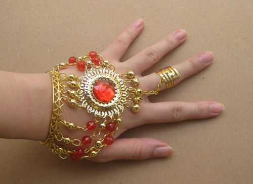 Belly dance wear accessories golden bracelet with ring little bells, red diamonds