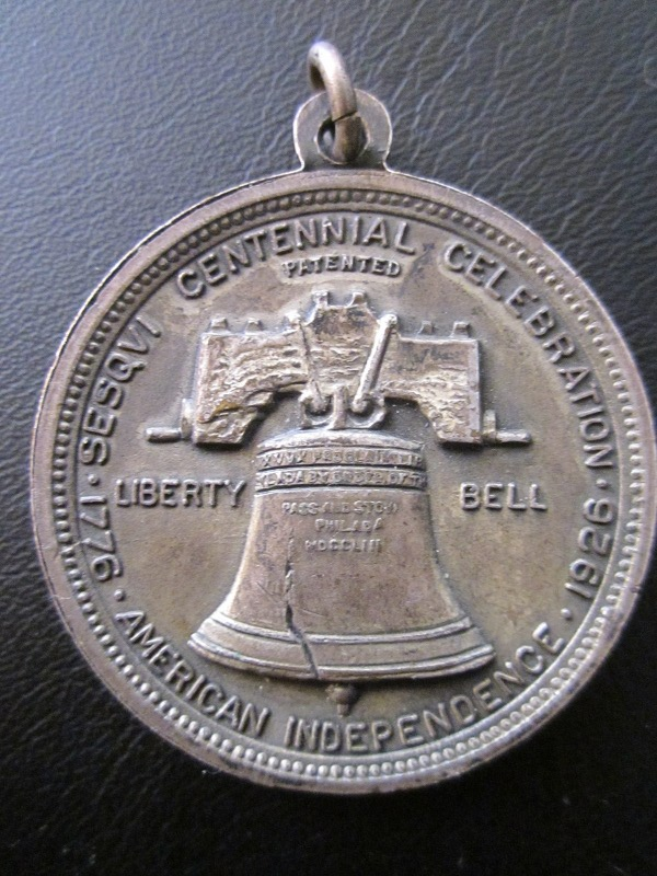 1926 SESQUI CENTENNIAL CELEBRATION LIBERTY BELL PICTORIAL MEDAL TOKEN 